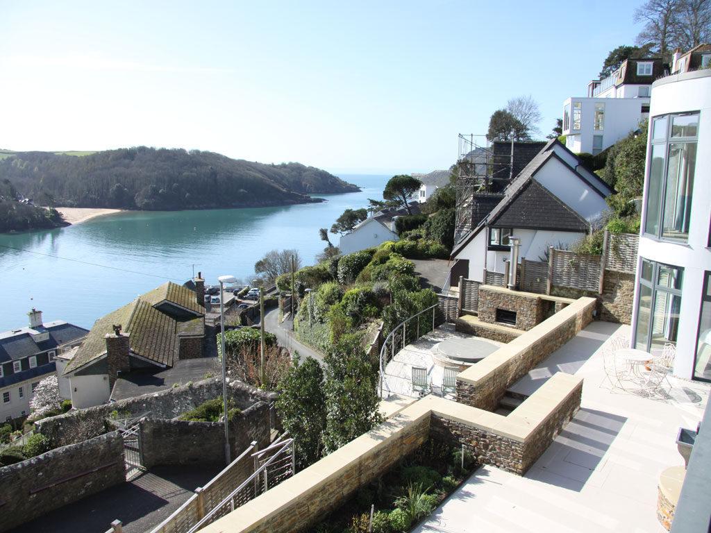 Bay Garden View