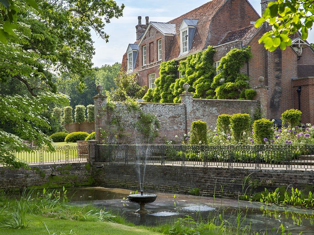 Best Gardens In Britain