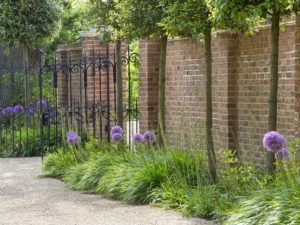 English Country Gardens By Marian Boswall