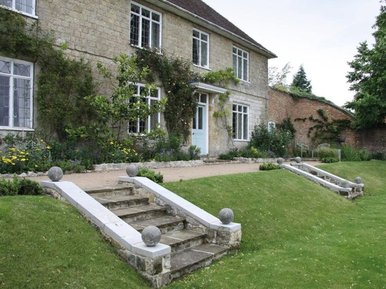 Garden Architecture By Marian Boswall