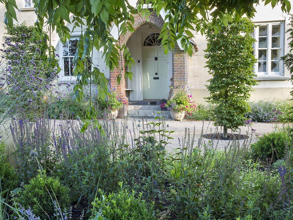 Marian Boswall Dream Garden Designer